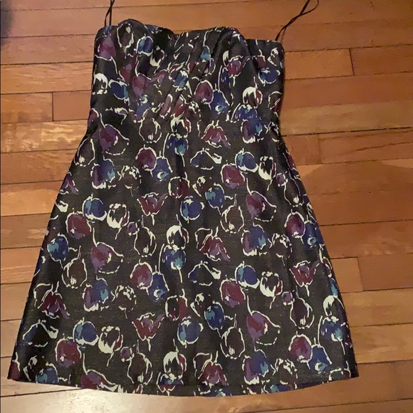 American Eagle Outfitters Dresses & Skirts - Gorgeous dress.